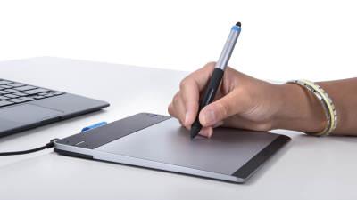 wacom intros pen small