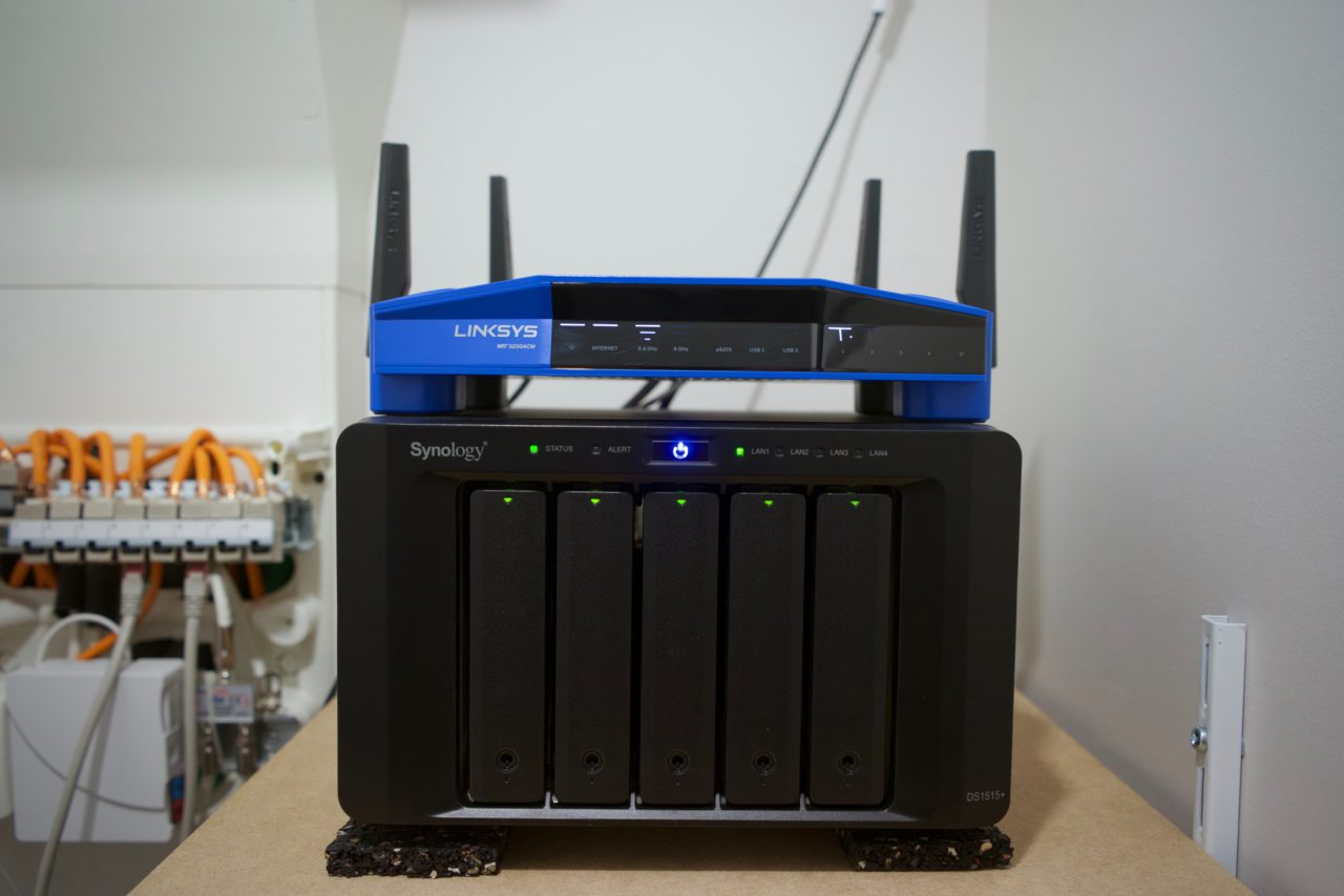 Linksys WRT3200AC Synology DS1515+