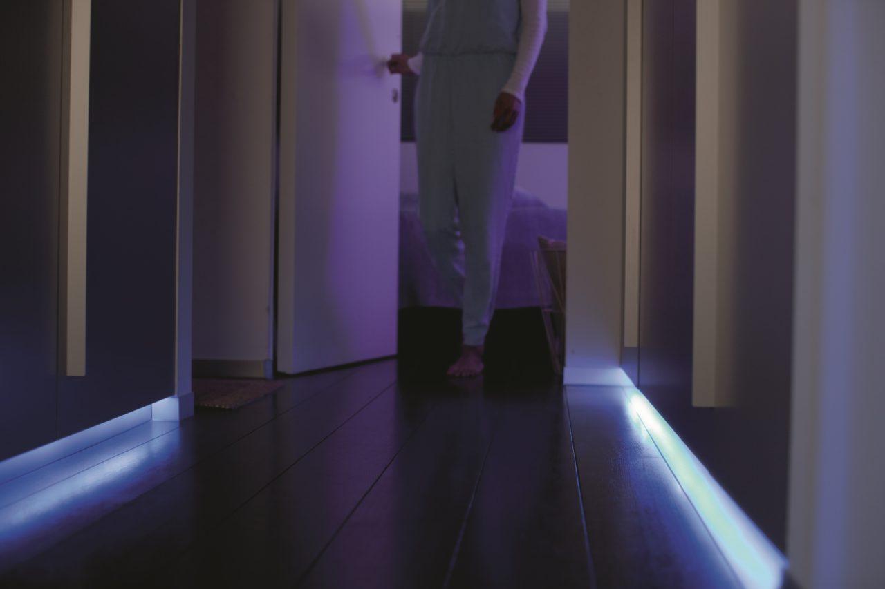 hue lightstrip couloir