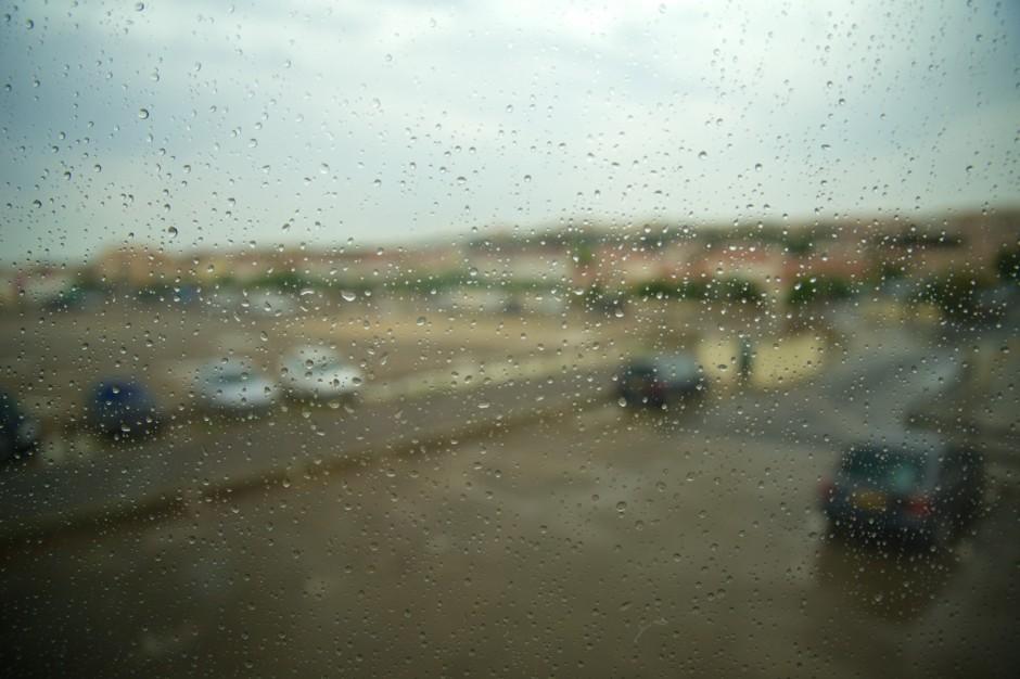 lokan photo window rain