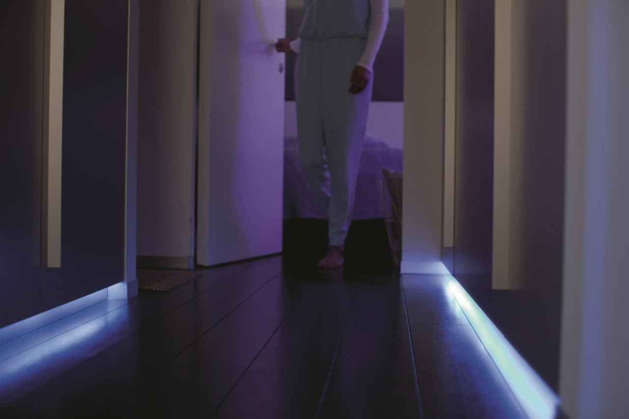 hue lightstrip couloir