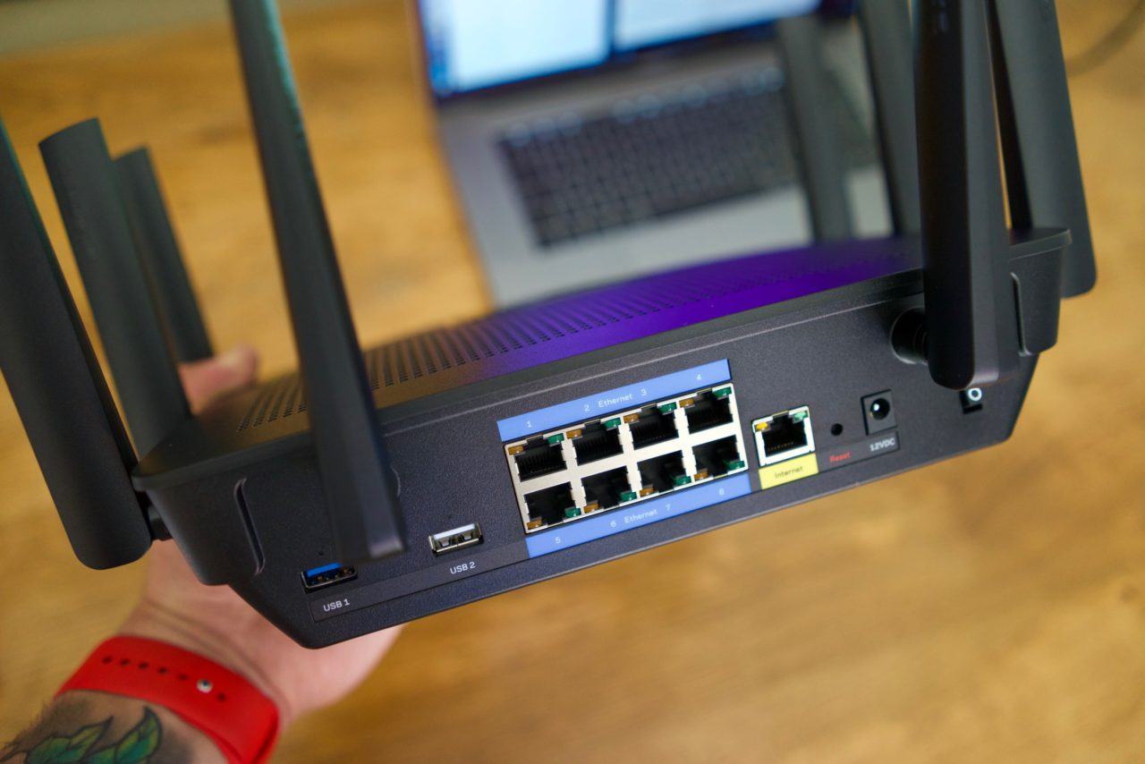 Test Linksys AC5400 EA9500 8 ports gigabit