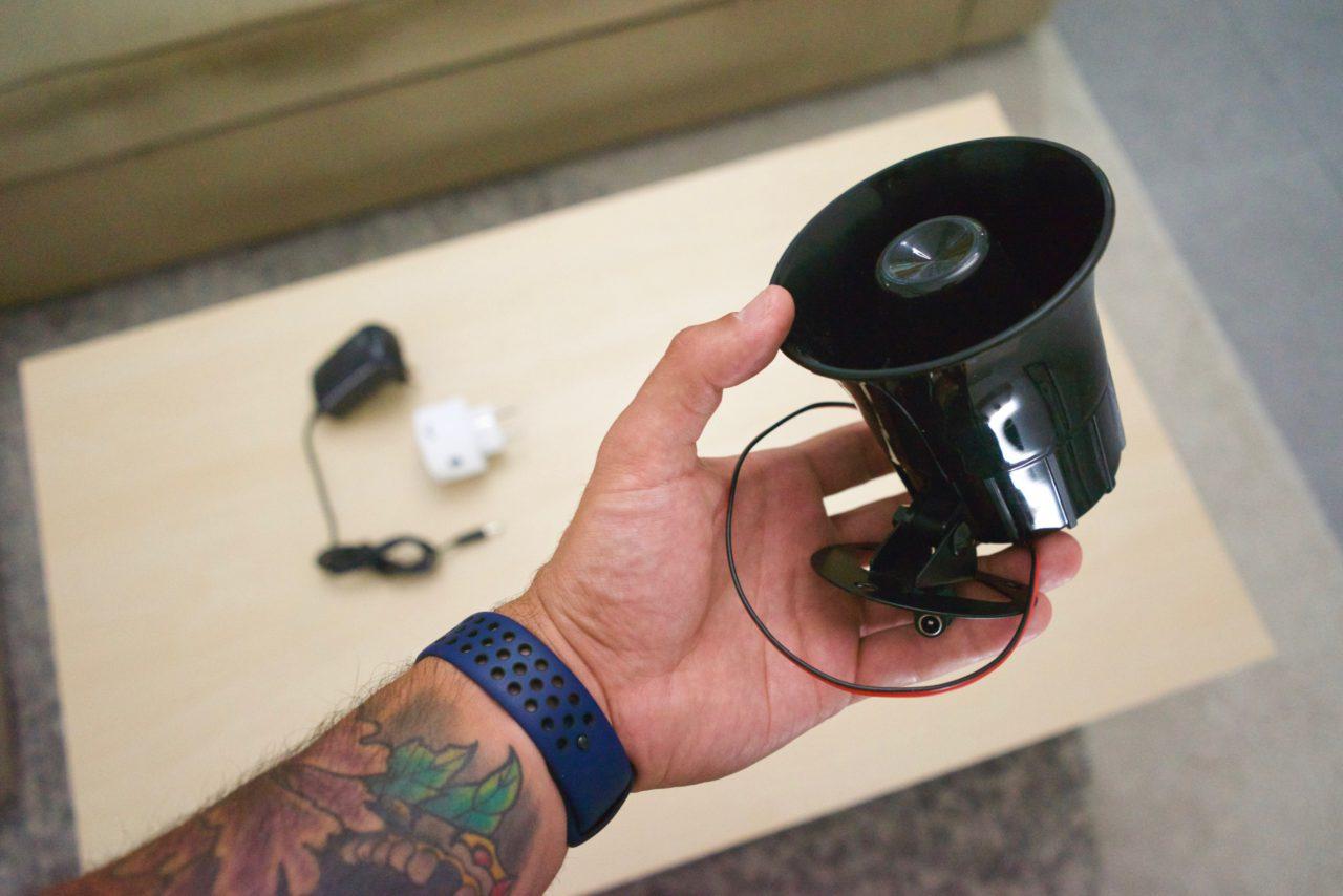 comment fabriquer une sir ne d 39 alarme de 125 db compatible homekit. Black Bedroom Furniture Sets. Home Design Ideas