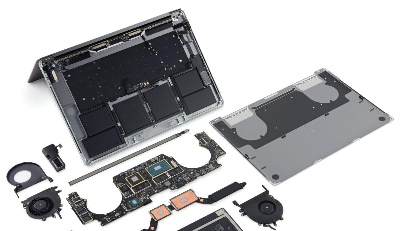 iFixit MacBook Pro topcase