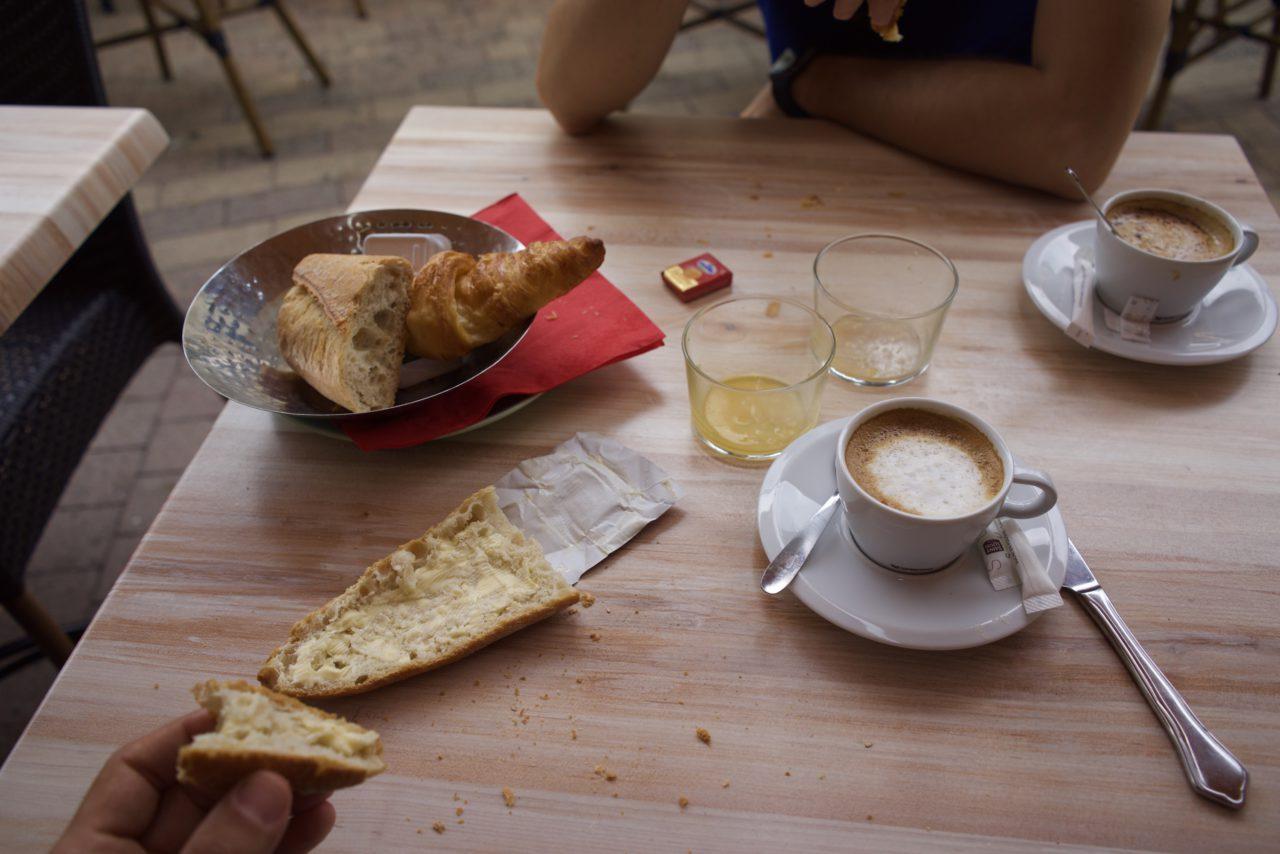 petit dejeuner biarritz