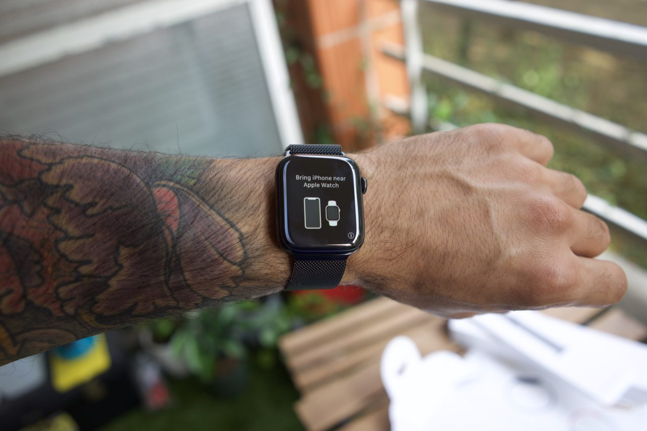 Apple Watch Series 4 association