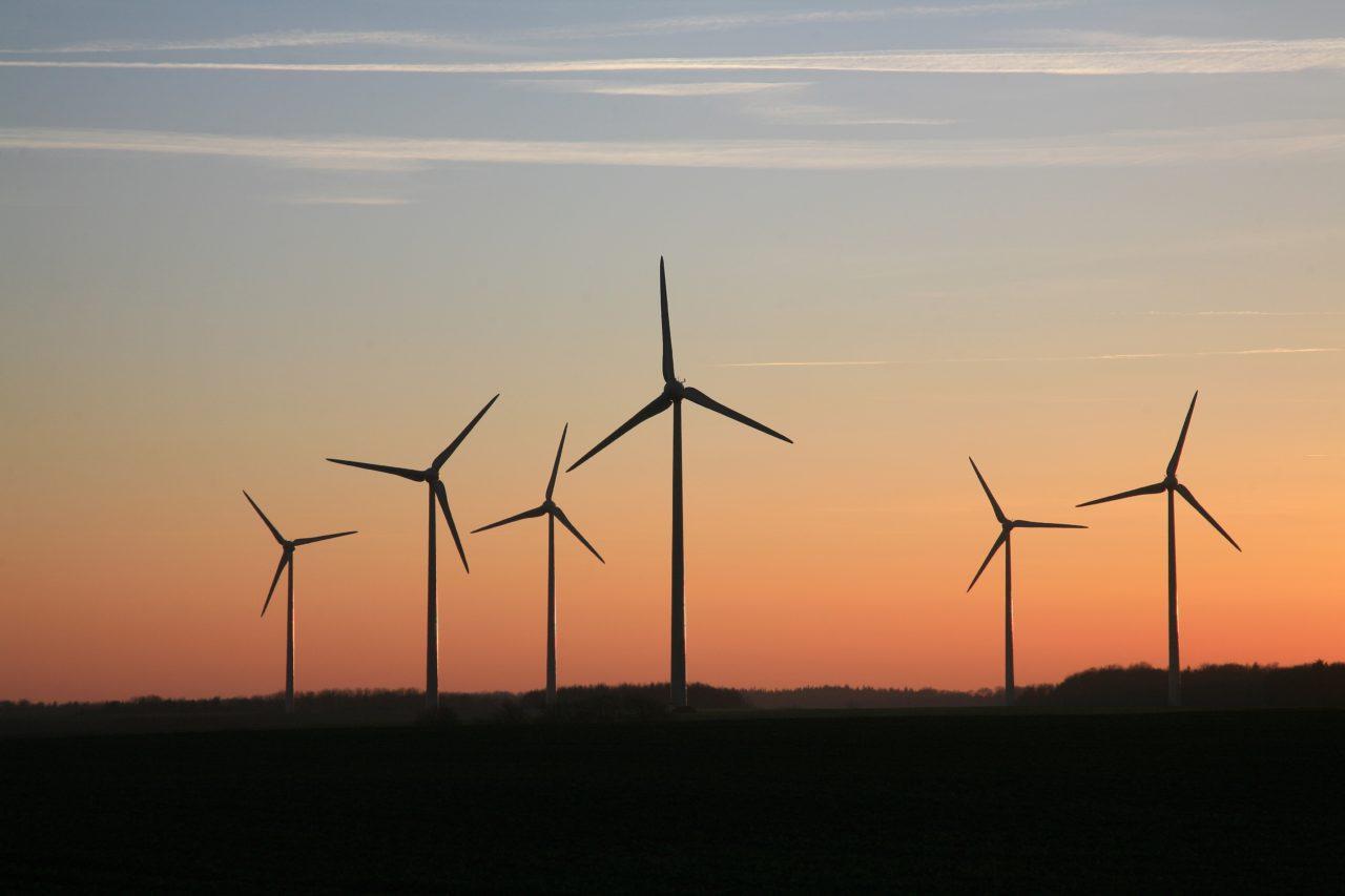 wind turbine eolien ilek
