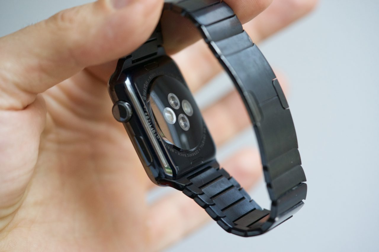 Apple Watch Series 1 acier 00003