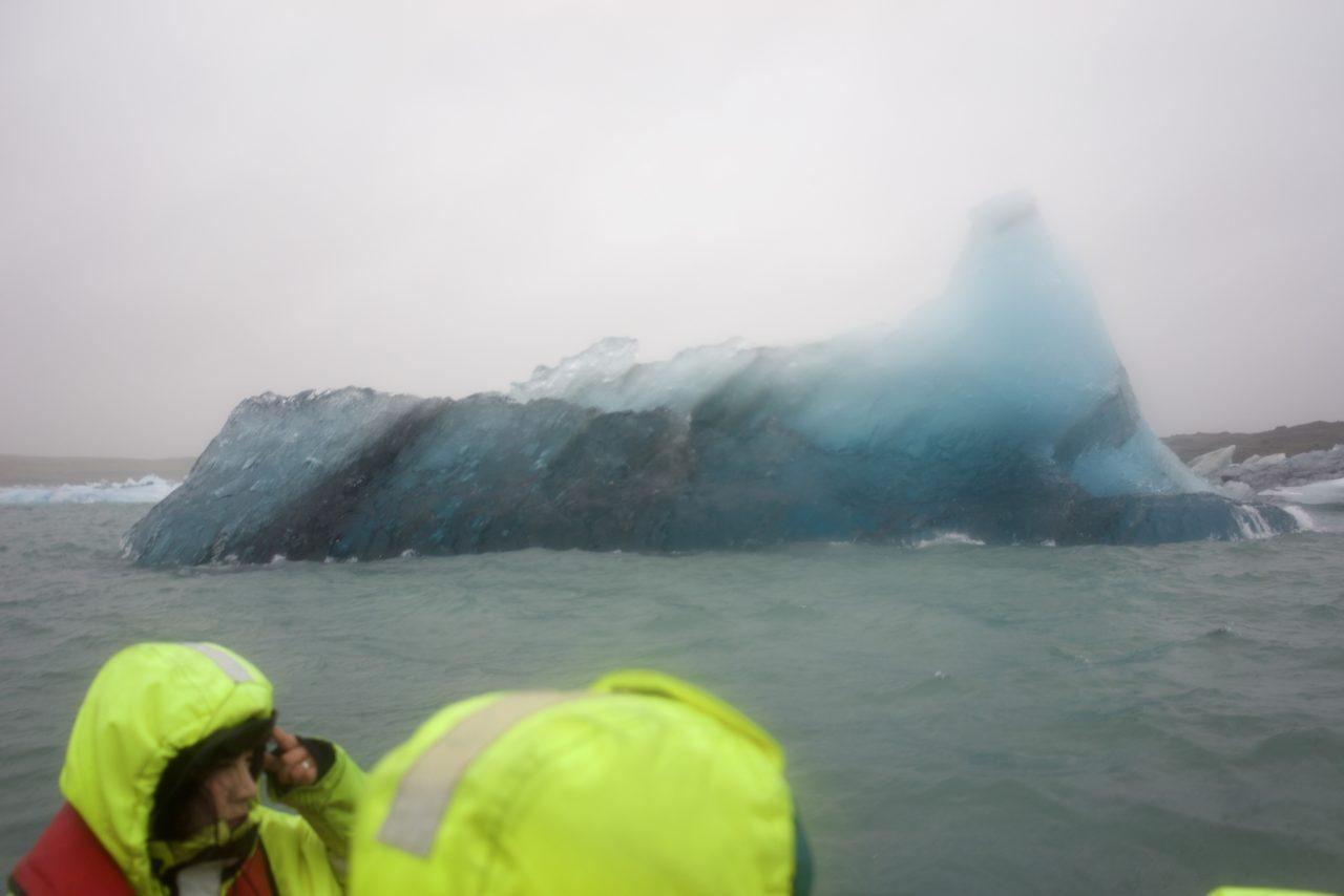 islande jokulsarlon iceberg bleu