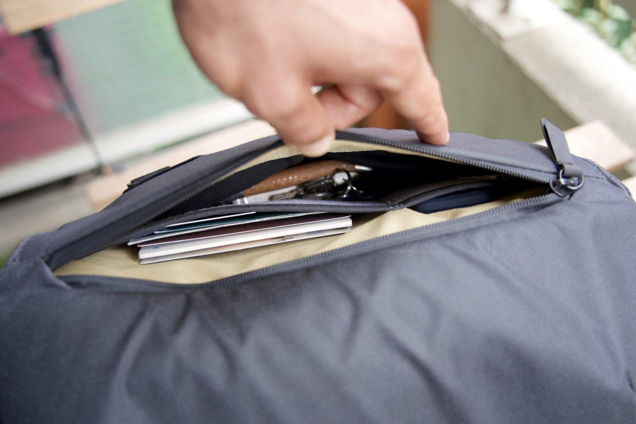 sling poche exterieure