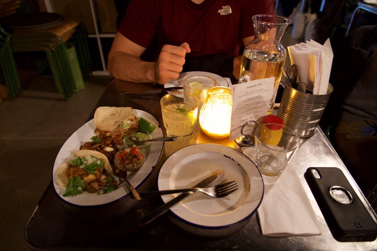 taco republica table