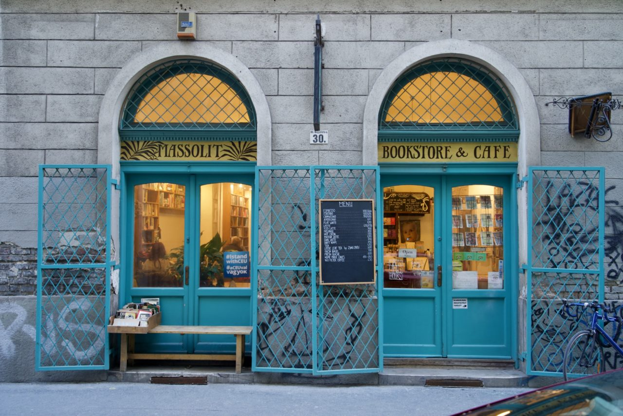 massolit book store cafe