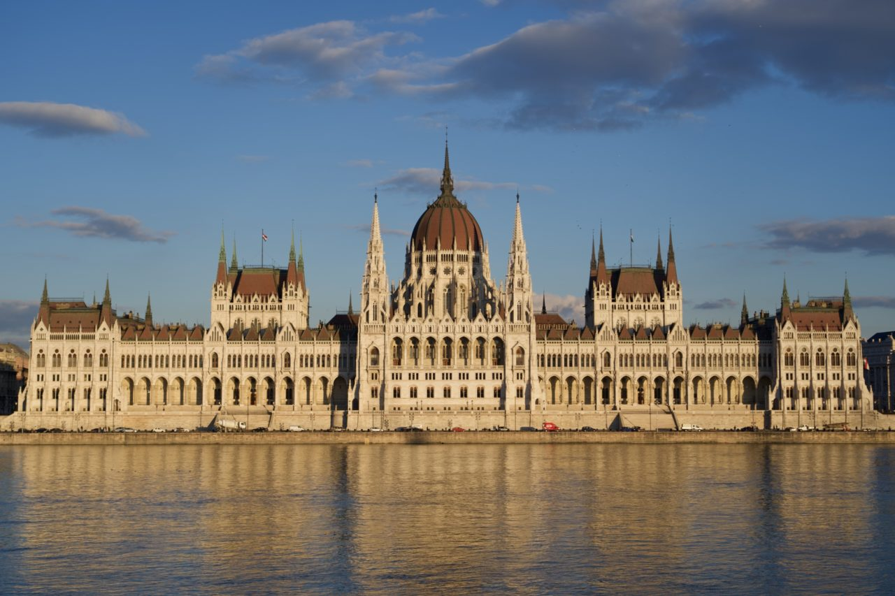 parlement hongrois hungarian parliament