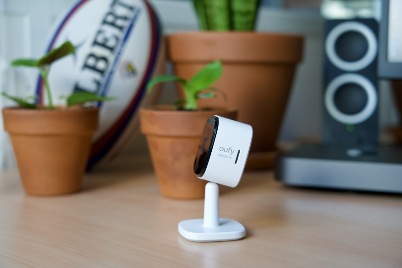 eufy indoor cam 2K carte micro sd